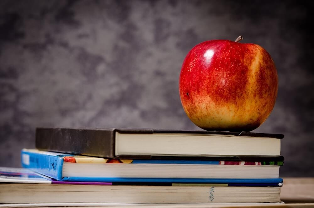 りんごと本